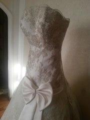 Изумительное свадебное платье