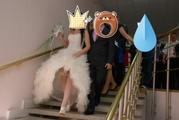 продаю свадебное платье в нормальном состоянии