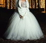 Продается дизайнерское свадебное платье