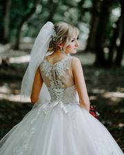 Продаю эксклюзивное свадебное платье